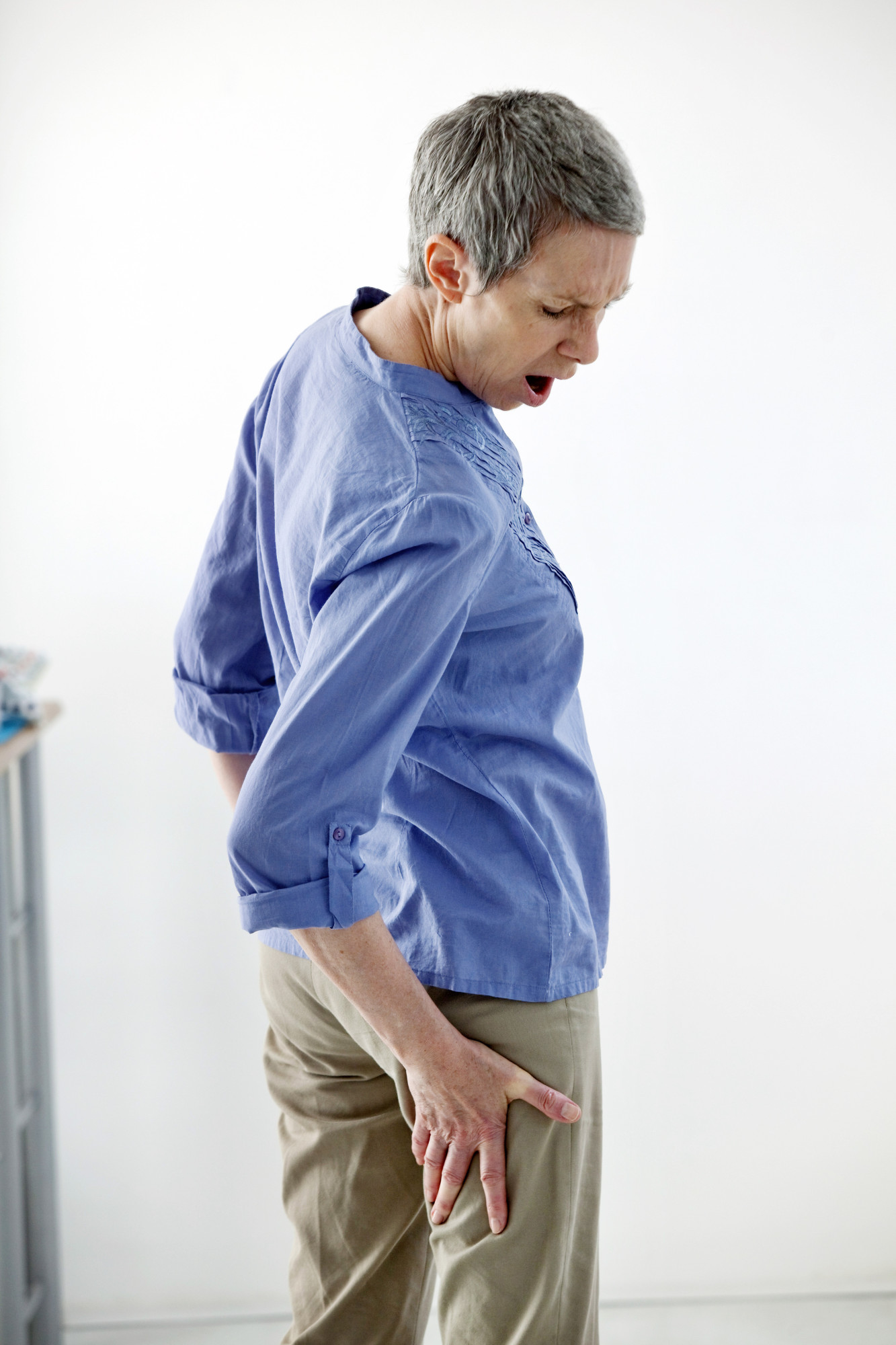 Ouch! Sciatica Symptoms to Watch for and Possible Treatment Options